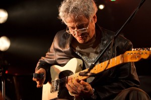 Mark Ribot performs with Doveman at The Studio in Sydney Opera House for Vivid Live 5th June 2010. (photo by Daniel Boud)